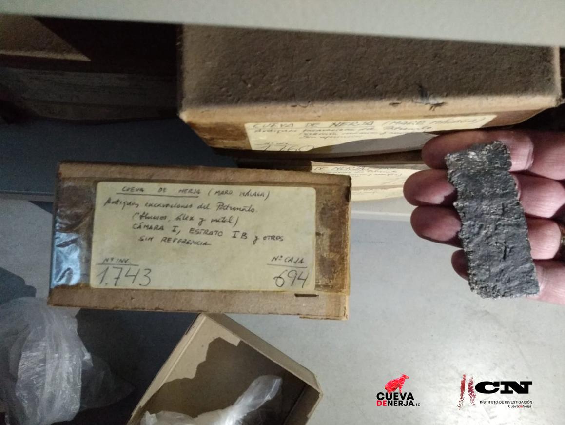 amuleto de plomo andalusí cueva de nerja